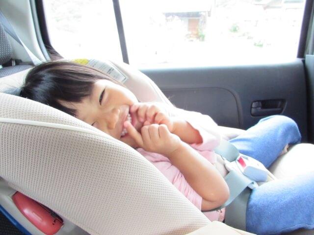 【検証】子どもとタクシーに乗る時ってチャイルドシートいるの?