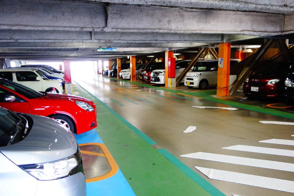 金沢フォーラス駐車場