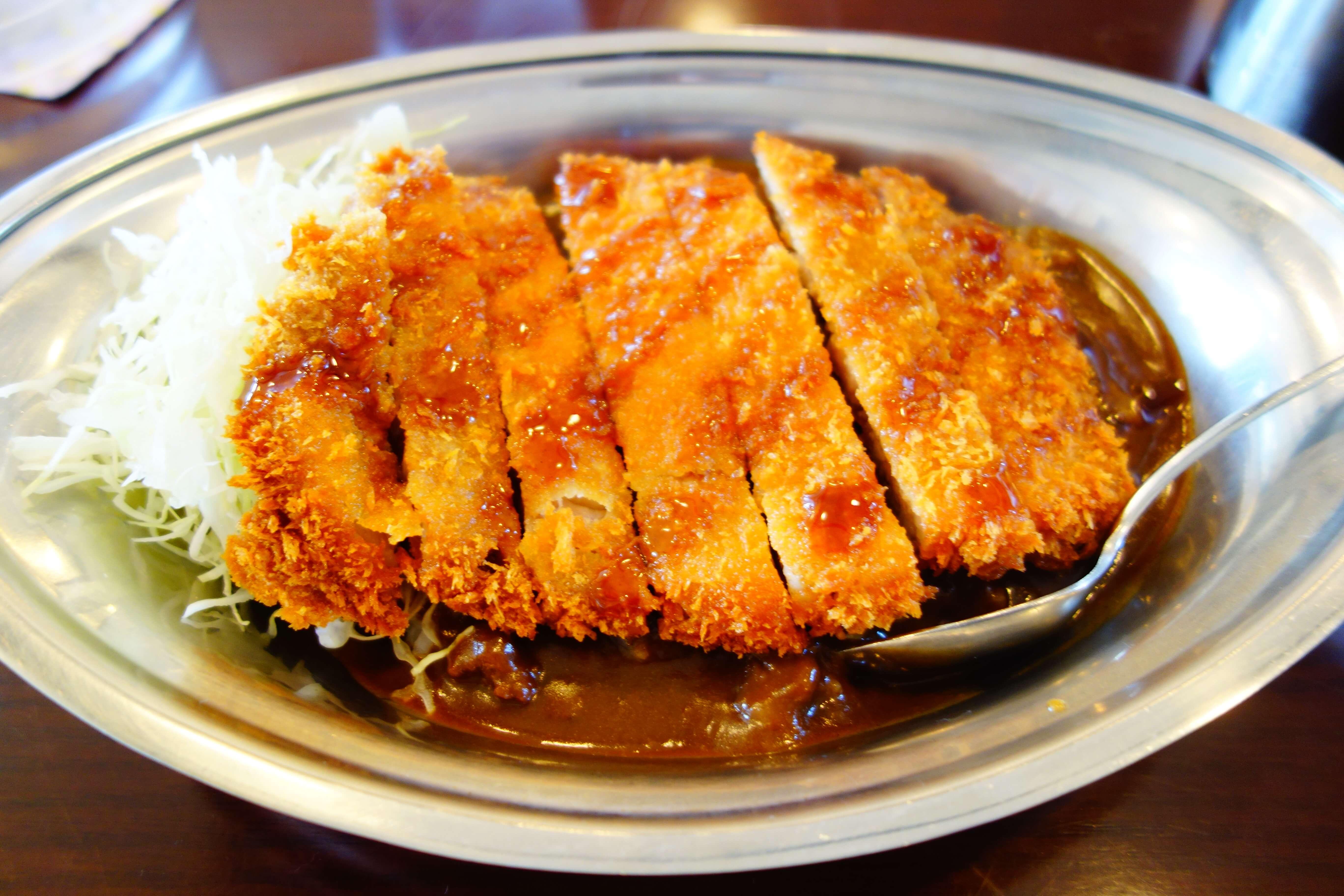 インデアンカレー|金沢カレーで満腹!大満足!濃厚でコクのあるルーを味わえる昔懐かしい洋食屋さん
