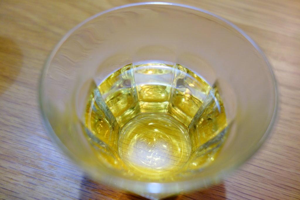 加賀棒茶 透き通る黄金感