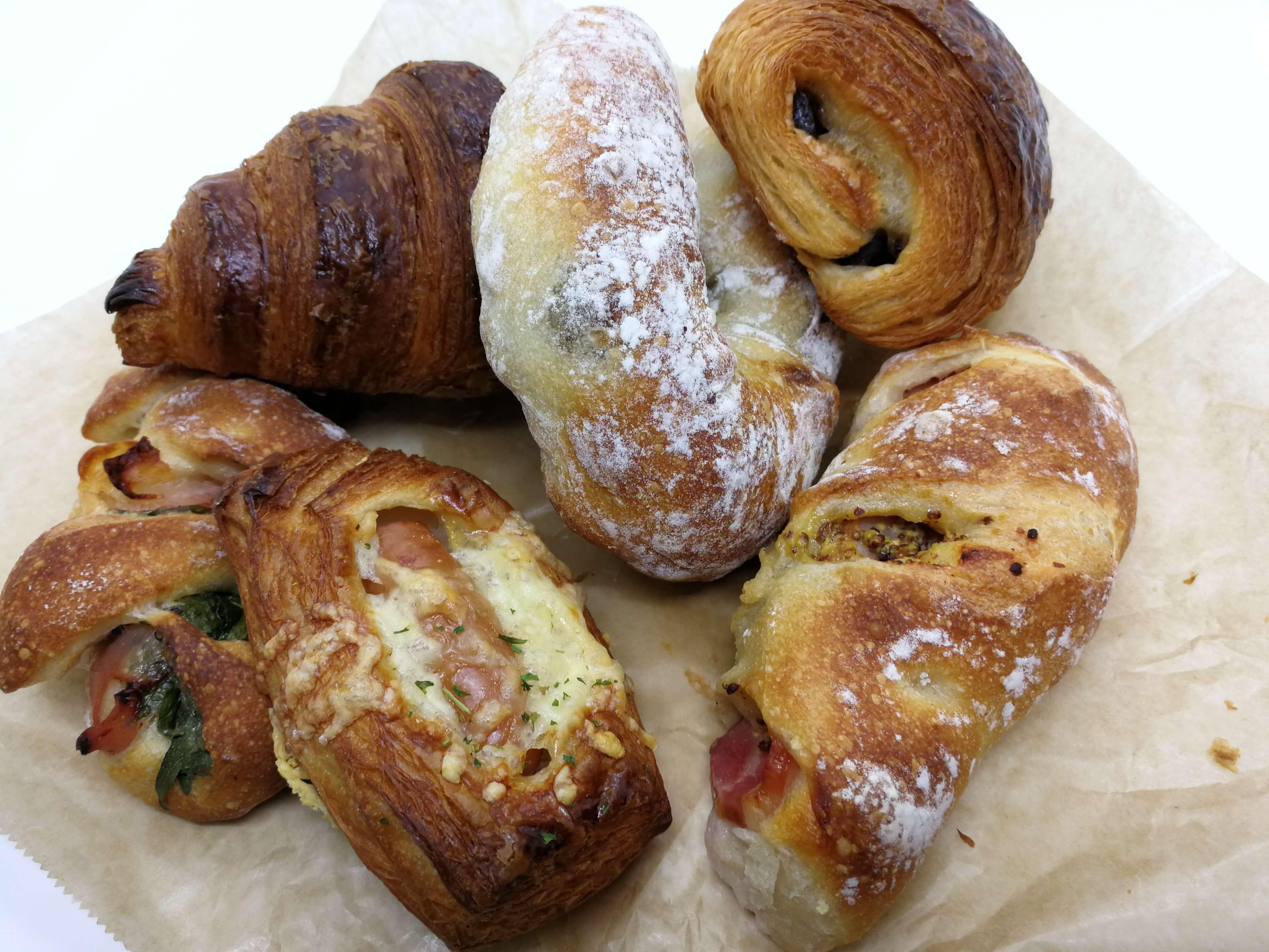 パン屋こくう|毎朝食べたい!おすすめの金沢市南部の大人気なパン屋
