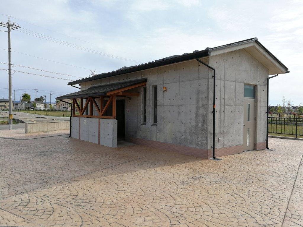 つばきの郷公園のトイレ