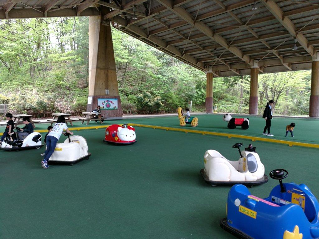 辰口丘陵公園のわんぱくホール