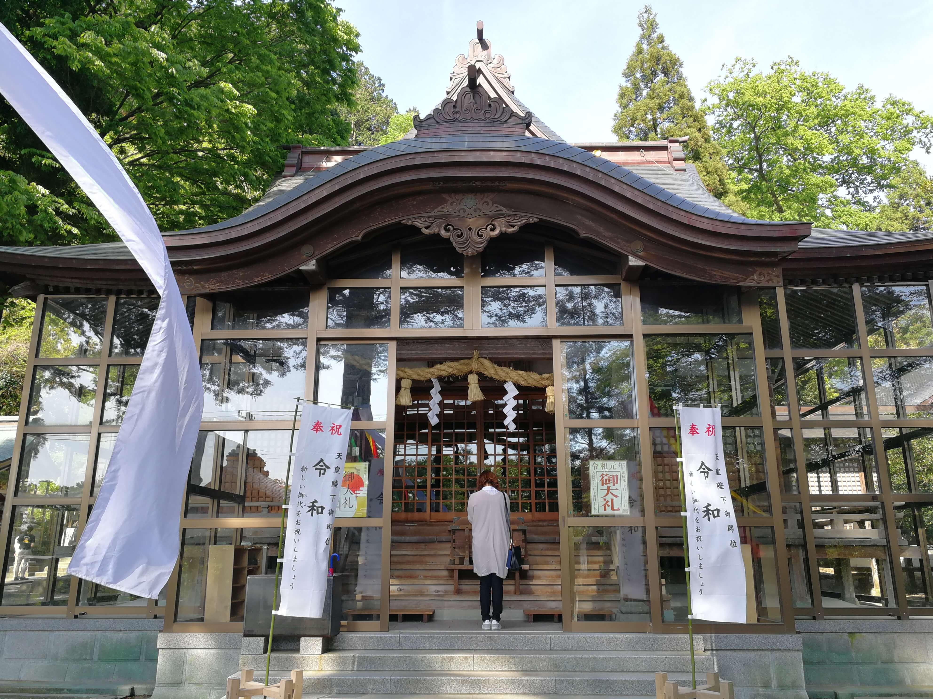 金剱宮の本殿