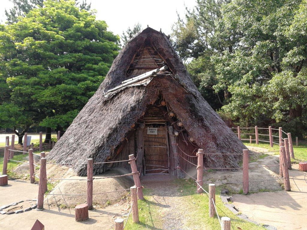 縄文時代の竪穴式住居