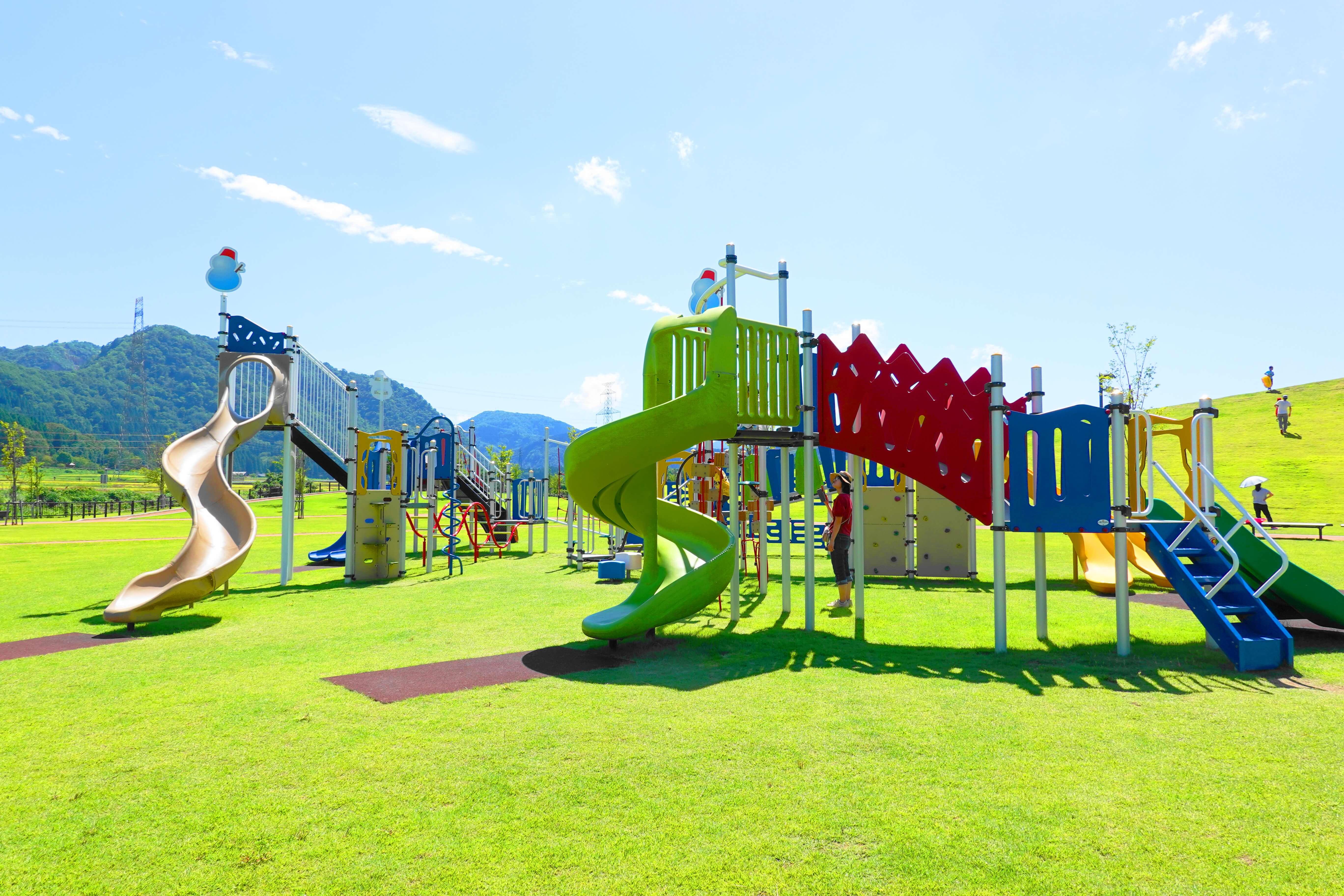 白山ろくテーマパーク河合・下野園地の遊具