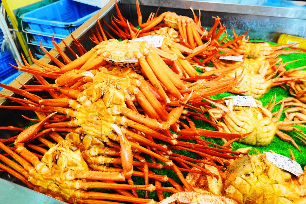金沢港いきいき魚市の蟹