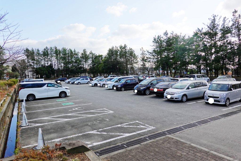 北部公園の駐車場